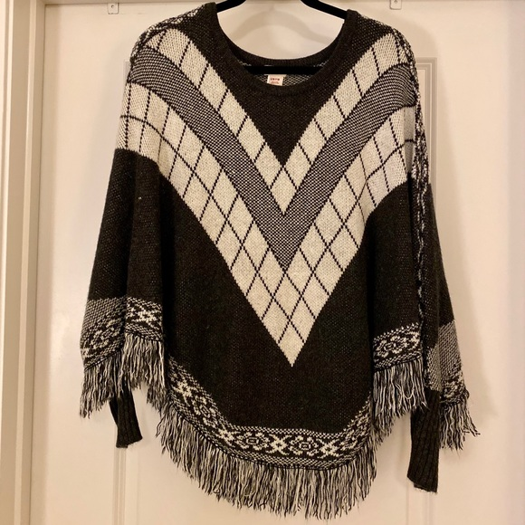 Mossimo Supply Co. Sweaters - Mossimo Supply Co. Pullover Poncho